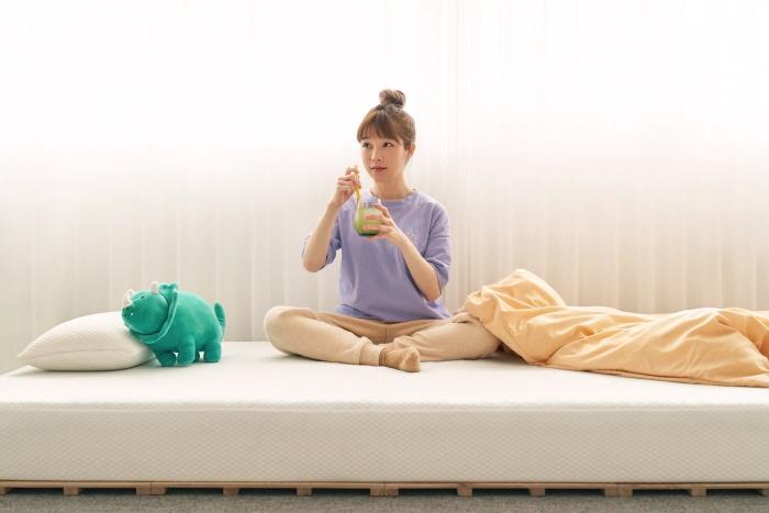 평소생활 메모리폼 침대 매트리스 '크림 매트리스'. [사진제공=평소생활]