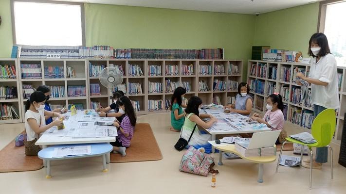 11월까지 작은 도서관과 함께하는 문화프로그램 지원사업을 한다. (사진=무안군 제공)