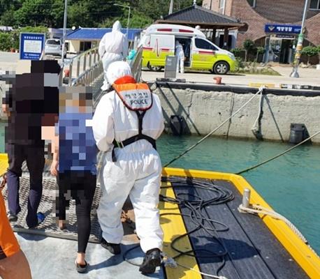 진도군 조도에서 맹장염 의심 응급환자가 발생해 해경이 긴급 이송했다. (사진=목포해양경찰서 제공)