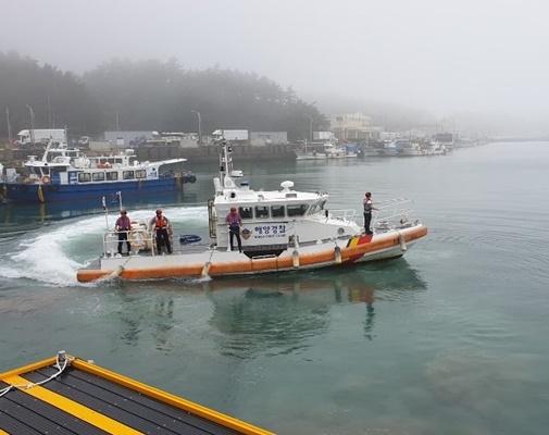 목포해경이 파출소 연안구조정을 통해 해상순찰을 실시하고 있다. (사진=목포해양경찰서 제공)