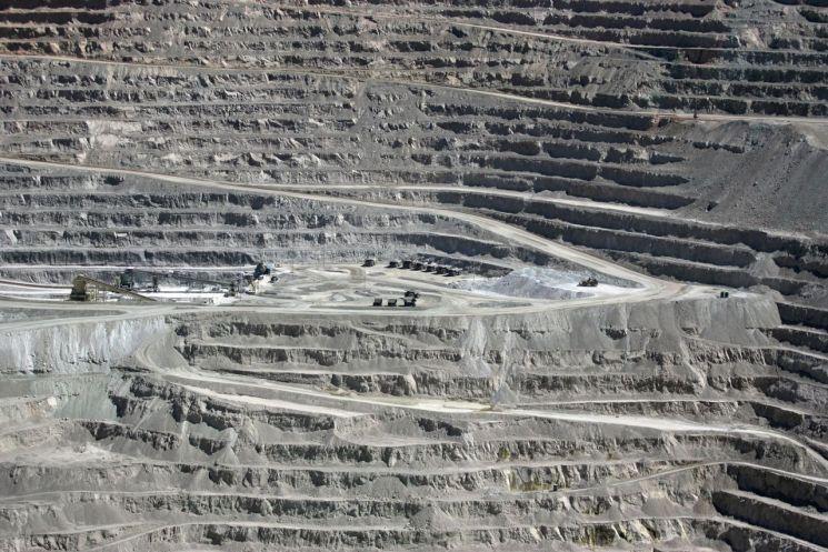 세계 최대 구리 광산인 칠레 에스콘디다 광산 전경  [사진 제공= 로이터연합뉴스]