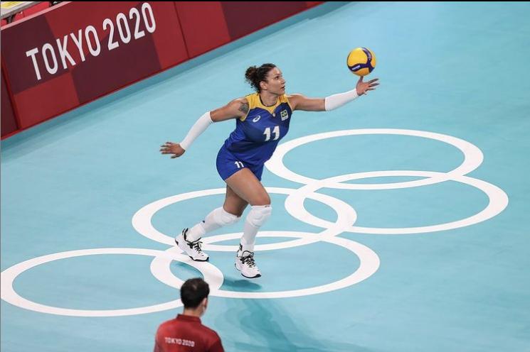 브라질의 여자배구 대표팀의 탄다라 카이세타 선수.(사진출처=탄다라 카이세타 SNS 캡처)