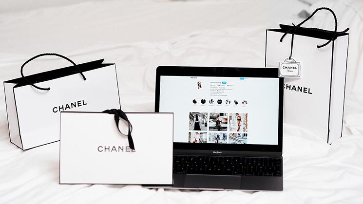 온라인 구매를 하지 않던 사람도 인터넷으로 쇼핑을 즐긴다. ⓒunsplash