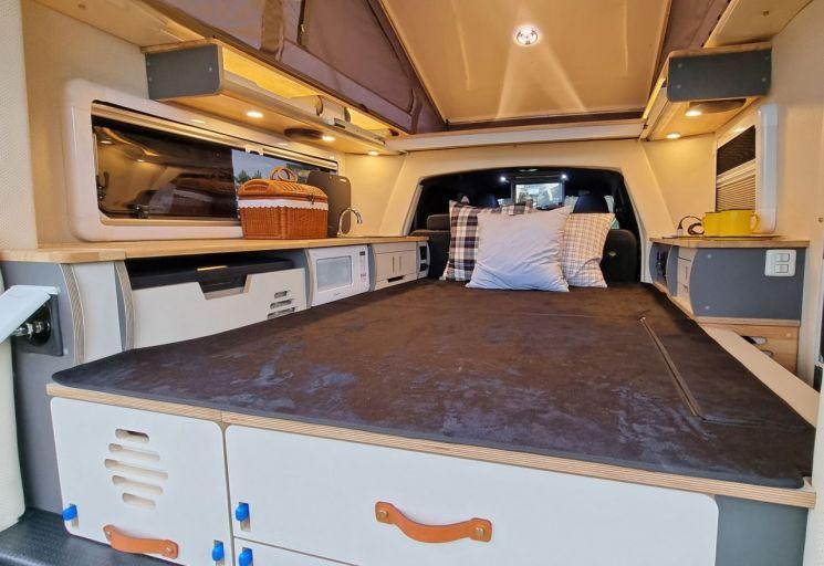 쌍용자동차가 국제 아웃도어 캠핑·레포츠 페스티벌 '2021 수원메쎄 고카프 시즌2'에서 더 뉴 렉스턴 스포츠 칸 캠핑카 '로드 칸(ROAD KHAN)'을 처음으로 공개했다.  사진제공=쌍용차