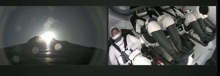 [속보] 스페이스X, 최초 민간인만의 우주 여행 로켓 발사