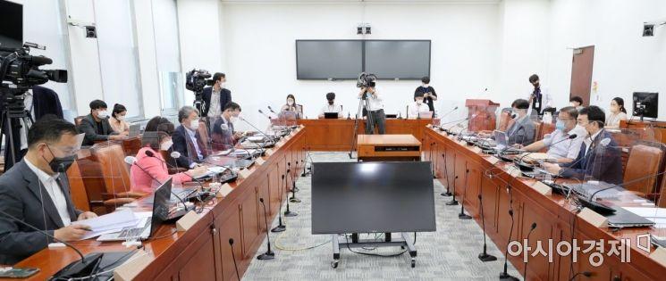 [포토] 여야, 언론중재법 8차 회의