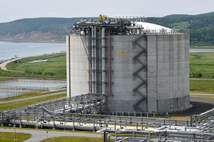 러시아 사할린에 있는 LNG저장소<이미지출처:연합뉴스>