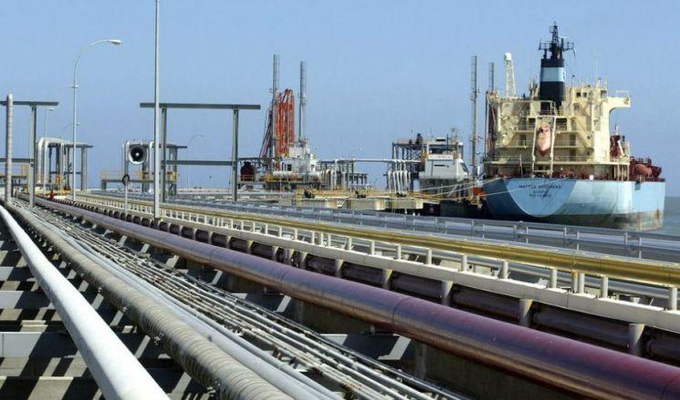 """""""美제재에도 이란-베네수엘라 석유 수출 계약 체결"""""""