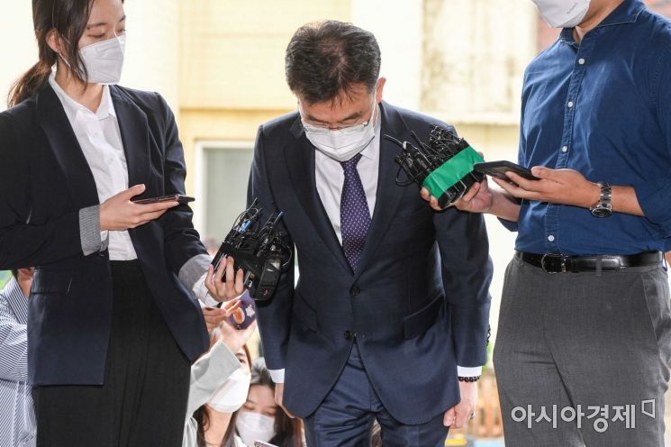 [포토]인사하는 김만배 씨