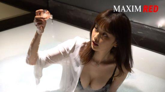 맥심코리아 11월 모델 고말숙 레드버젼(B컷 화보)
