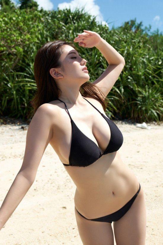 비키니주의) 아나운서 출신 그라비아 모델