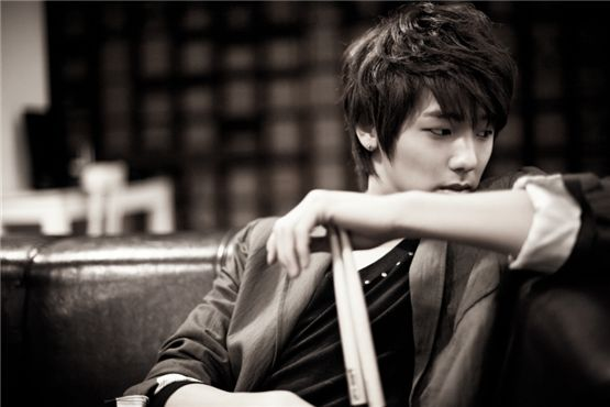 CNBLUE Kang Min-hyuk to play womanizer in new KBS weekend series