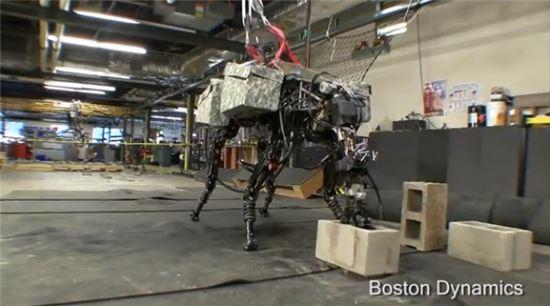 구글, 로봇회사 '보스턴 다이나믹스' 인수