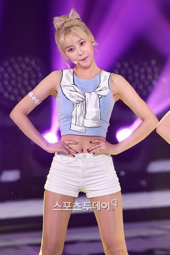 포토] AOA크림 유나, 물 오른 인형 미모