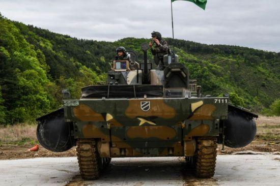<h1>[양낙규의 Defence Club] K21 보병장갑차는</h1>