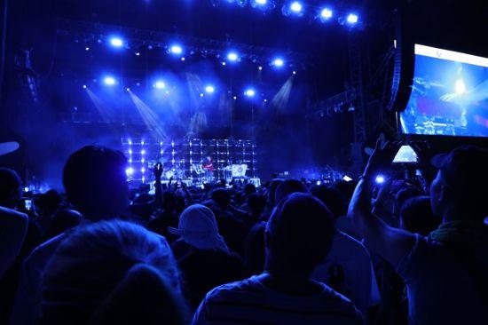 제13회 인천 펜타포트 락 페스티벌을 찾은 관객들이 공연을 즐기고 있다. 사진=씨쓰루
