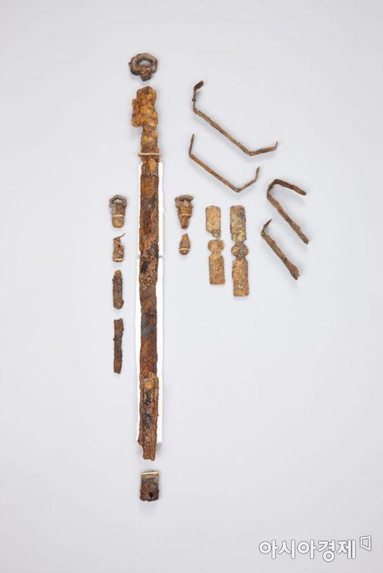 화살통과 장식칼로 엿보는 고대 한·일 대외교류