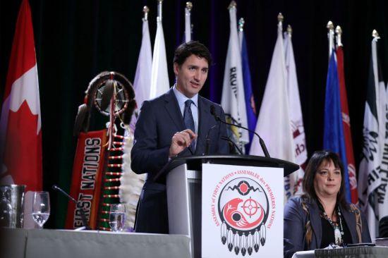 """캐나다 총리 """"화웨이 CFO 체포, 정치적 개입 없어…며칠 전 전달받아"""""""