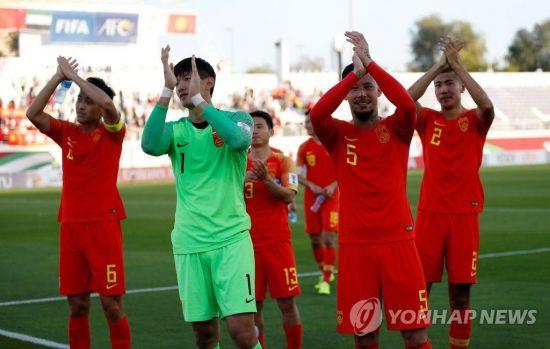 한국과 같은 C조 중국, 키르기스스탄에 2-1 역전승
