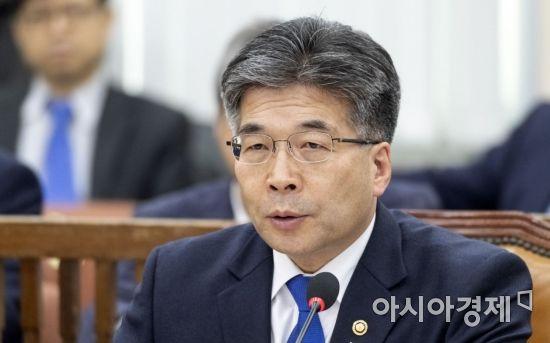경찰 지휘부 30명 평균 11억원…민갑룡 청장 6억원 신고