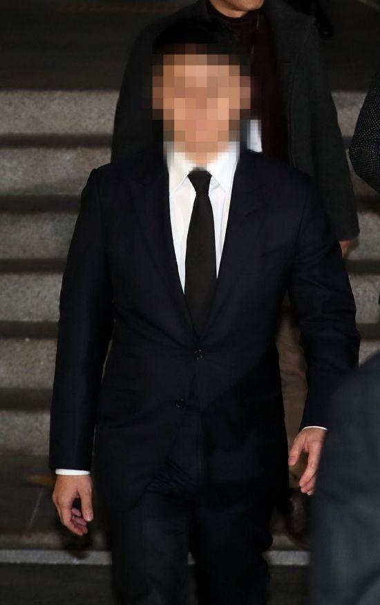 '경찰총장' 윤 총경, 유인석 대표로부터 총 4차례 골프 접대 받아