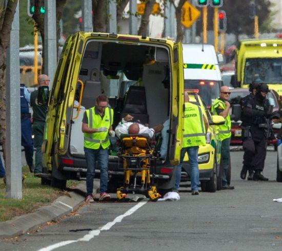 뉴질랜드 총격 용의자, 페이스북으로 범행 생중계