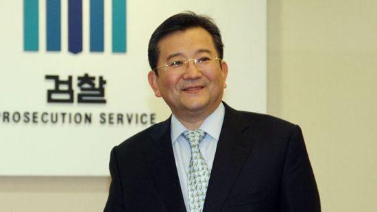 """""""전혀 사실아냐 억울해"""" 김학의 부인, 피해 여성 주장 정면 반박"""