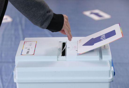 [D-1년…미리보는 2020 총선 ⑦강원·제주] 민주당-강원, 한국당-제주, 총선 목표는 '싹쓸이 방어'