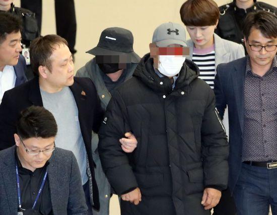 '빚투 논란' 마이크로닷 부모, 각각 징역5년·3년 구형