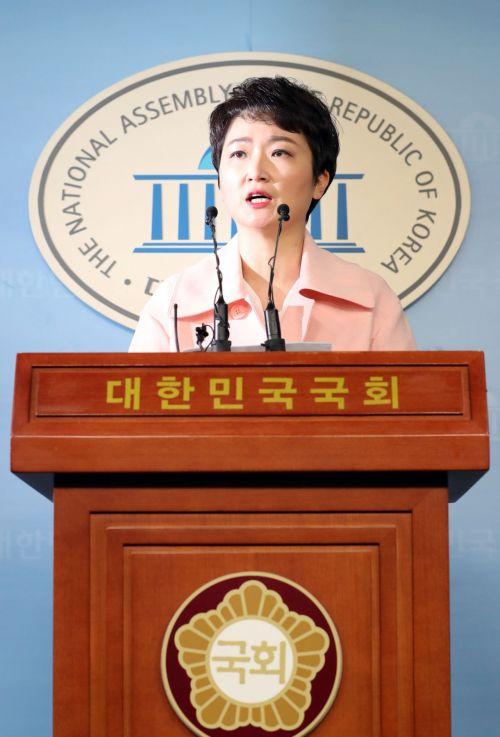 이언주, 바른미래 탈당…한국당 입당은 보류(종합)