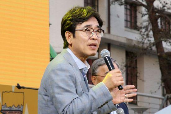 """박지원의 예언 """"유시민, 정계 복귀할 것…대선 흥행에 도움"""""""