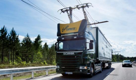 독일, 세계 최초 전기트럭 전용 고속도로 개통...10km구간 시범운영 개시