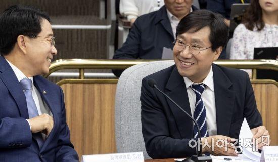 양정철, 문희상 국회의장 예방…'盧·文' 공통분모 인연