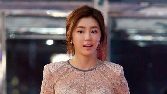 유인석, 승리 자택에서 '성매매'…탄원서 쓴 박한별에 누리꾼 비난