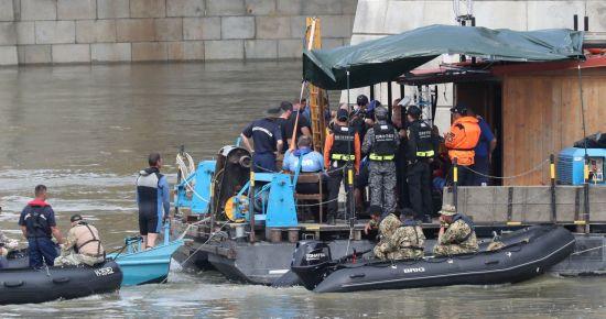 헝가리 유람선 침몰지점 남쪽 55km서 아시아 남성 추정 시신 수습