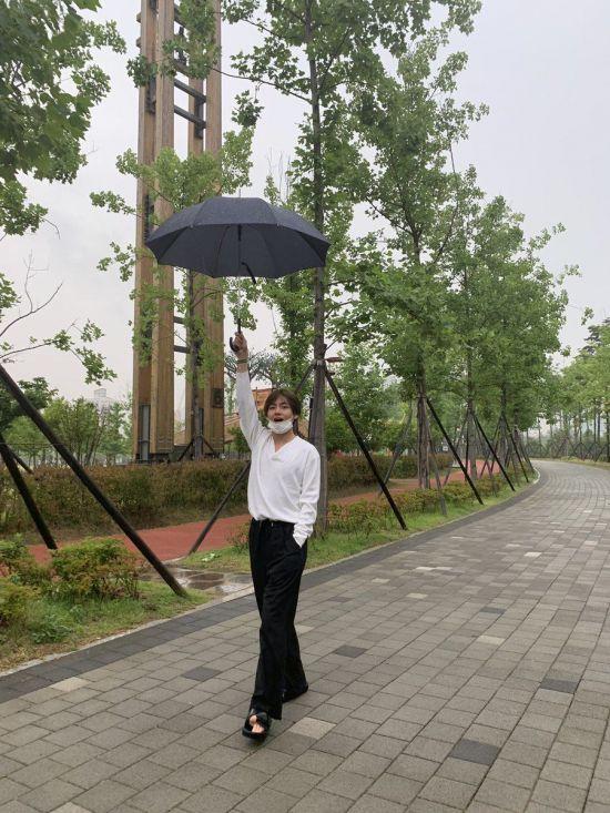 """방탄소년단 뷔, 부산 팬미팅 앞두고…""""부산 좋네"""""""