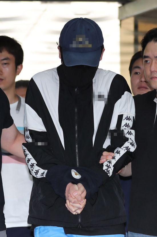 """'신림동 강간미수' 영상 남성측 첫 재판서 """"함께 술 마시자는 마음이었다"""""""