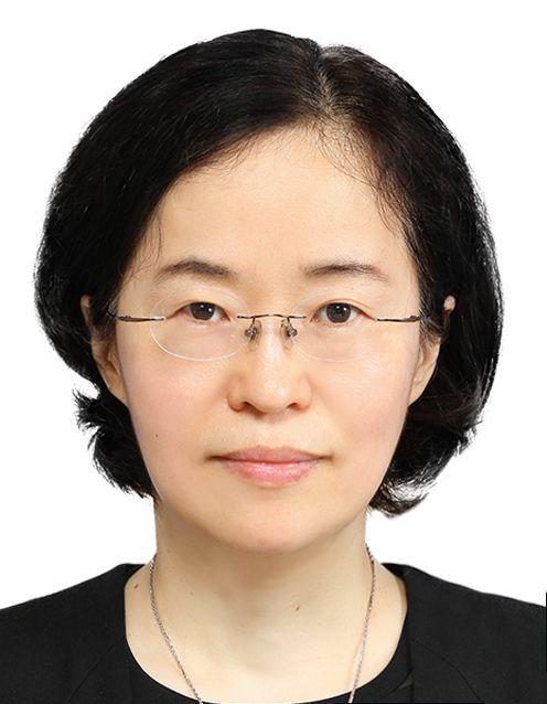 첫 여성 공정위원장 조성욱…기업지배구조 전문가
