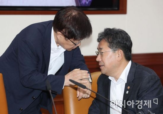 [포토]박양우 문체부 장관 찾은 김영주 무역협회장