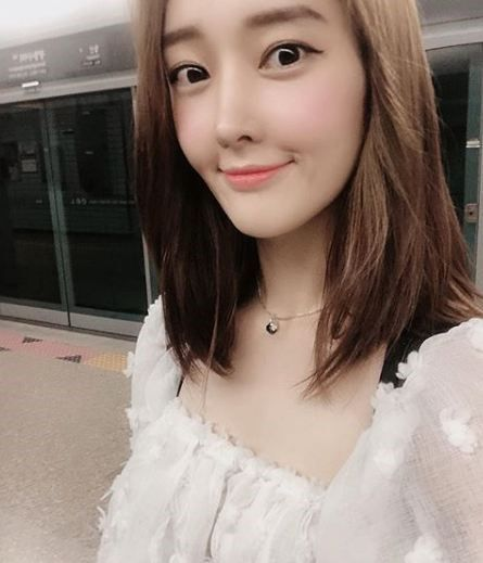 """'티아라 출신' 한아름, 내년 2월 비연예인 남자친구와 결혼…""""사랑하는 법을 알려준 사람"""""""