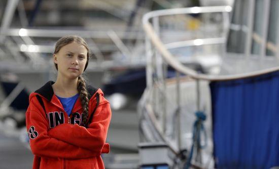 스웨덴 10대 환경운동가, 화장실도 없는 요트타고 대서양 횡단