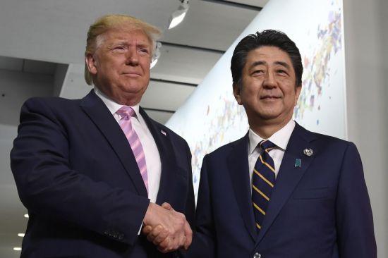 """트럼프-아베, 25일 회담…""""美·日 무역협상 논의할 듯"""""""