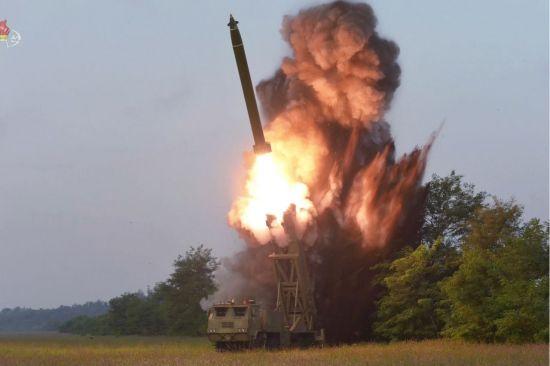 """北 조선신보 """"비핵화는 있어도 무장해제는 없다"""""""