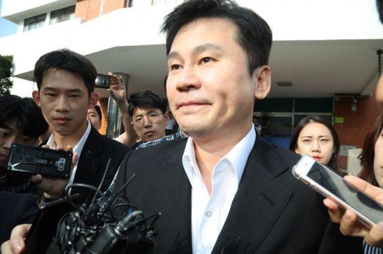 '원정도박·환치기 혐의' 양현석·승리 다음주 추가 소환