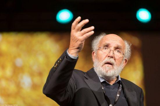 올해 노벨 물리학상, 우주 진화 연구 피블스 등 3명 공동수상(종합)