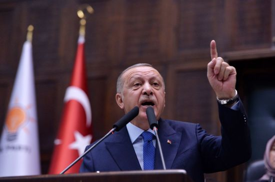 """터키 대통령 """"휴전 조건 이행되지 않으면 작전 재개"""" 경고"""