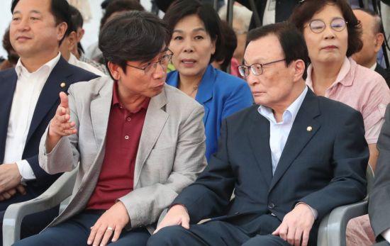 """""""혹세무민 보도 넘쳐"""" 유시민, KBS·JTBC 전방위 비판…다음은 어디?"""