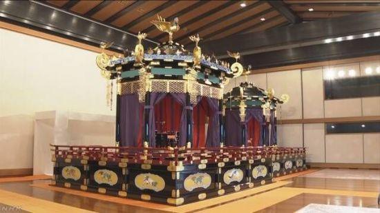 일왕의 옥좌, '다카미쿠라'가 뭐길래…위헌 논란 거세져