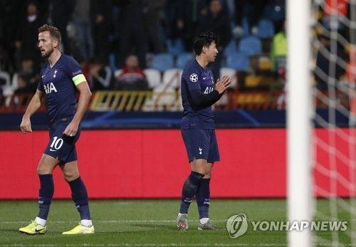"""손흥민, 부상 당한 고메스에 사과 문자 """"정말 미안해"""""""