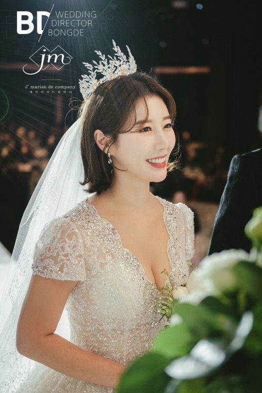 [포토] 나비 '행복한 신부'